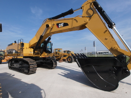 Caterpillar 385 CME