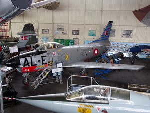 American aircraft at museum