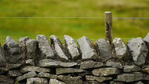 Stone wall with wire
