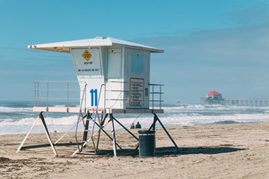 Beach guard house