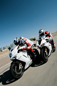 Deux motards racing