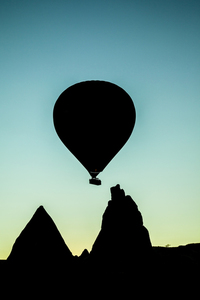 Air balloon silhouette