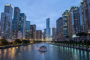 River sailing in Chicago
