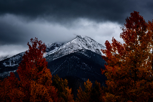 Cloudy autumn afternoon in Silverthorne mountains