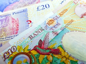 Sterling pound banknotes