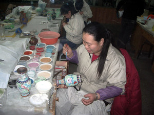 Cloisonne making in China