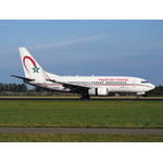 Royal Air Maroc Boeing 737 landing at runway
